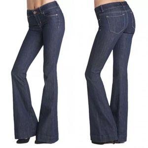 J Brand Lovestory Flare Jeans 28x33.5